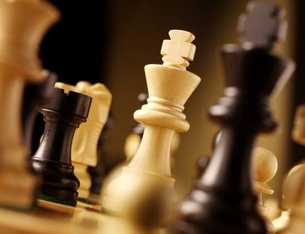 chess-board-closeup